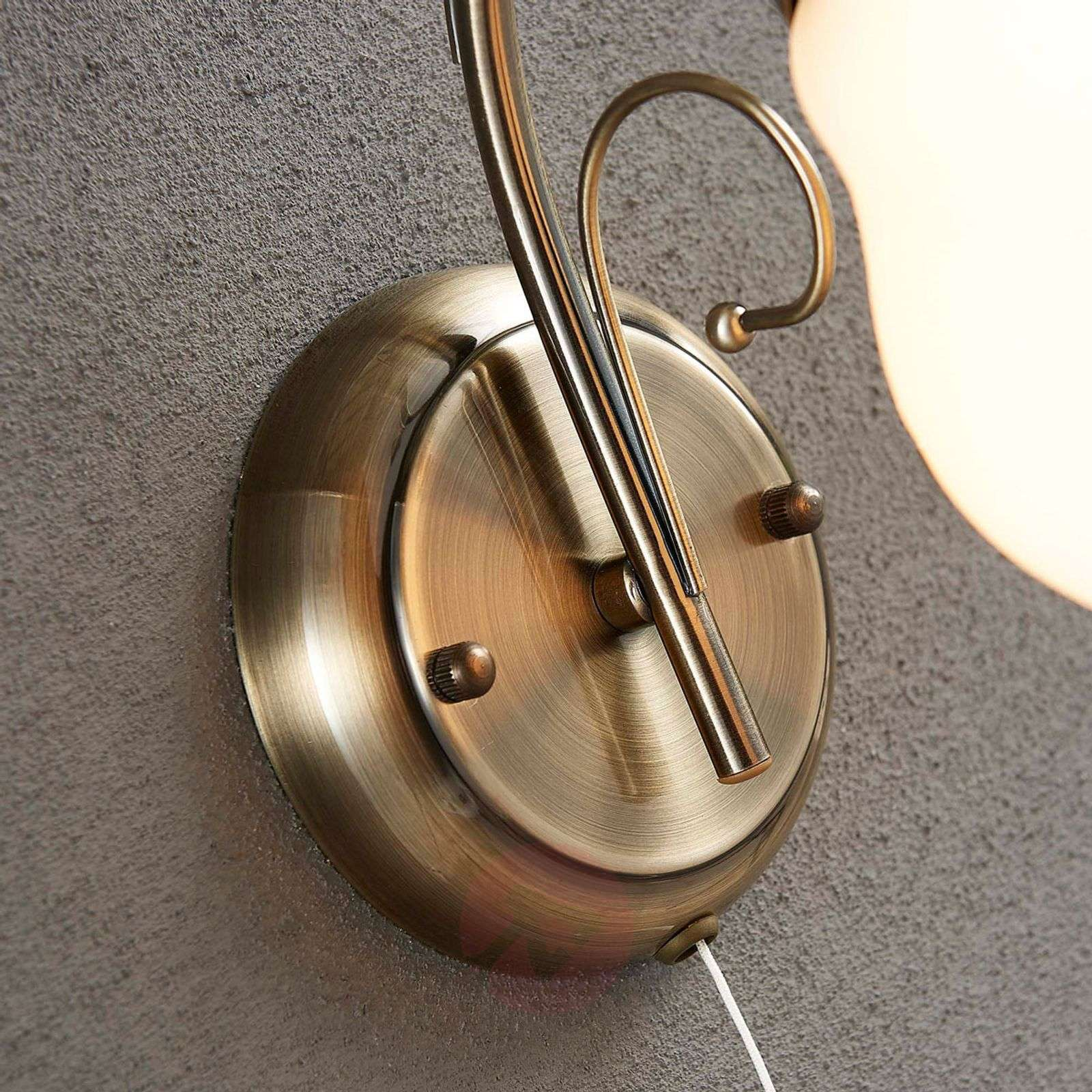Wall lamp Amedea in a romantic style-9620740-02