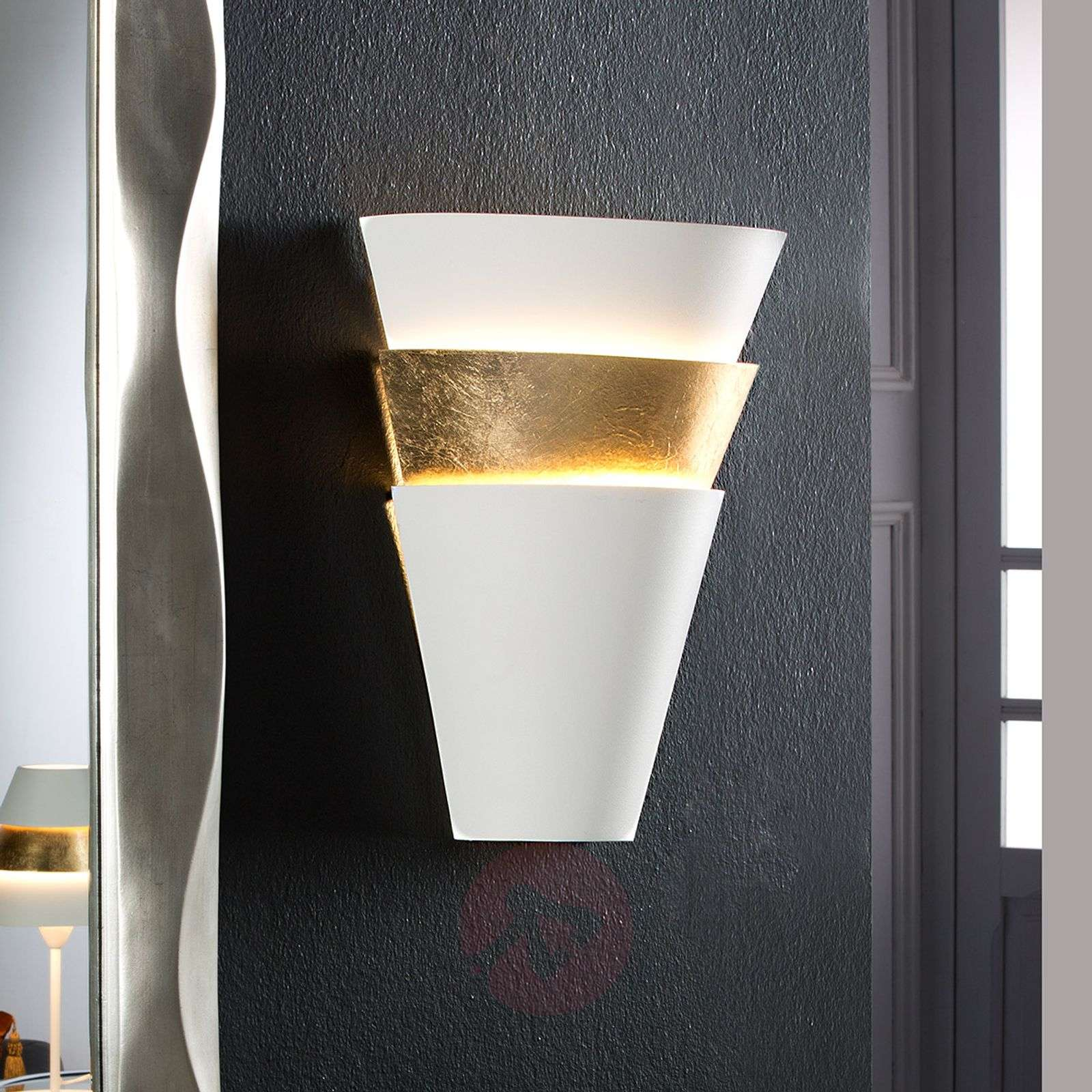 Wall light Isis with gold leaf finish-8582209-01