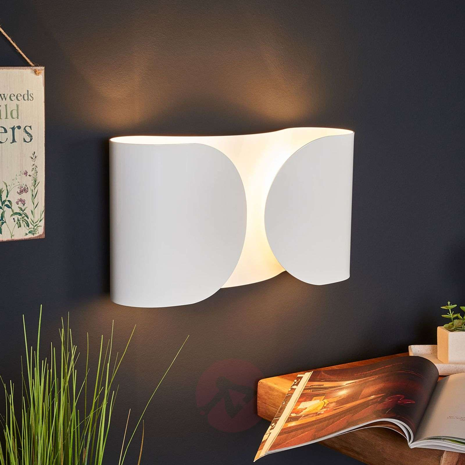 White wall light foglio by flos lights ie