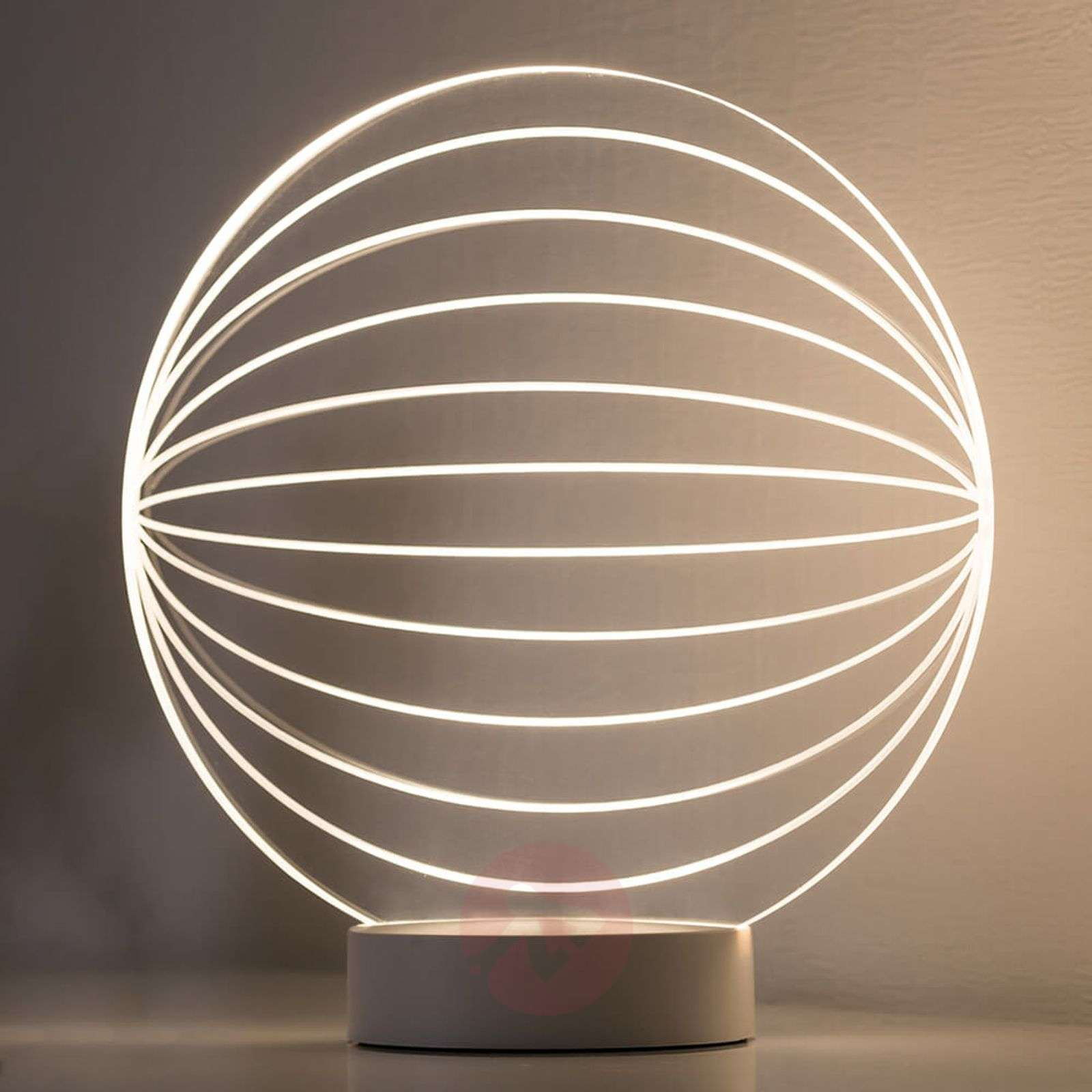 With a fantastic 3D effect LED table lamp Twine-7600889-01