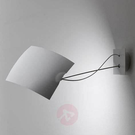 18 x 18 - versatile LED wall light