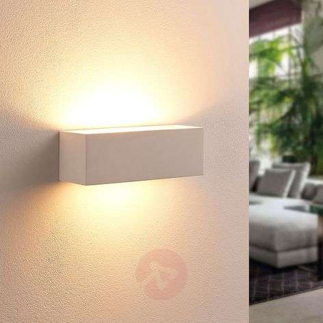Angular LED wall lamp Tjada from plaster