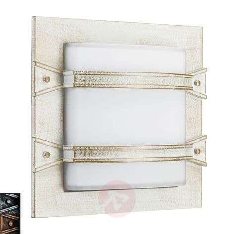 Annlin outdoor wall light in country house style