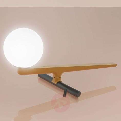 Artemide Yanzi LED table lamp with a dimmer switch