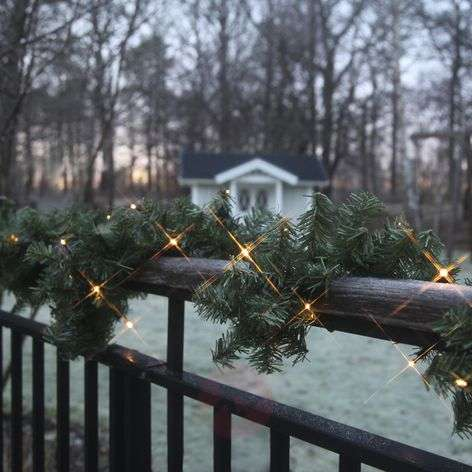 Battery-operated LED garland Canadian, 250 cm