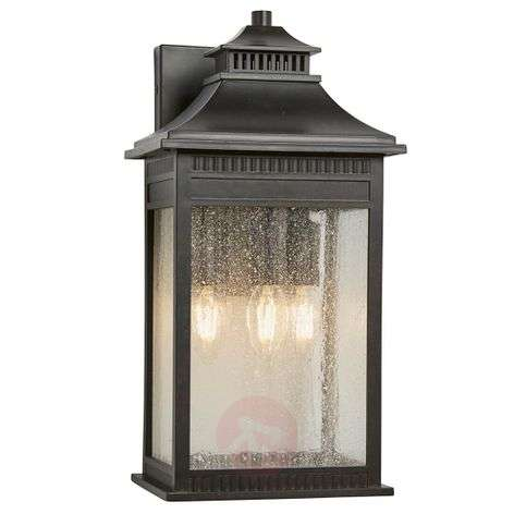 Beautiful Livingston outdoor wall lamp