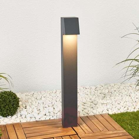 Bega angular LED path light Bennet, recessed base