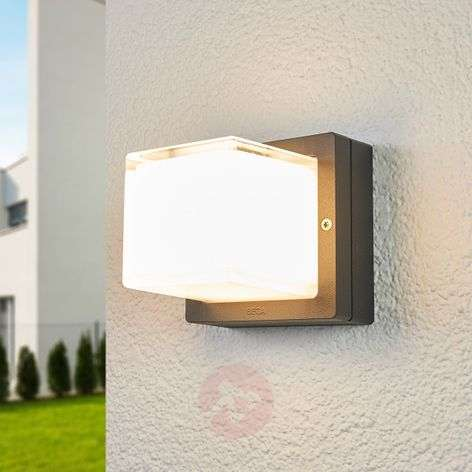 Bega freely shining LED outdoor wall lamp Erik
