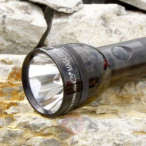 Black torch 3 D-Cell from Maglite