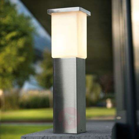 Calgary Pillar Light Straight-Lined