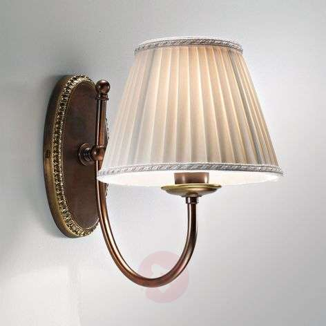 Classic - wall light with curved arm