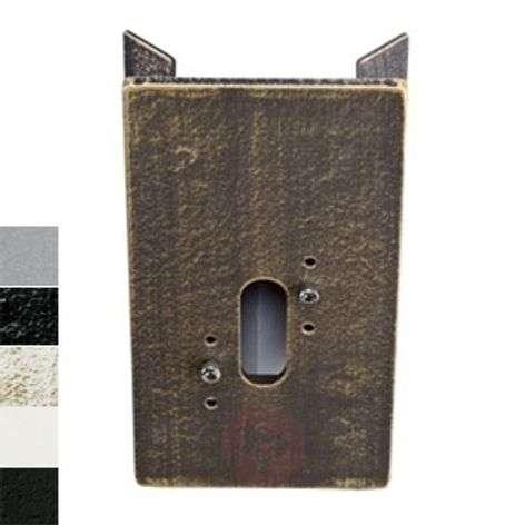 Corner block for outdoor wall lights