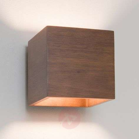 Cremona Wall Light Beautiful Wooden