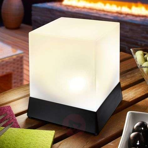Cube shaped LED solar table lamp Cube