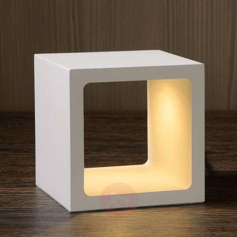 Cube-shaped Xio LED table lamp