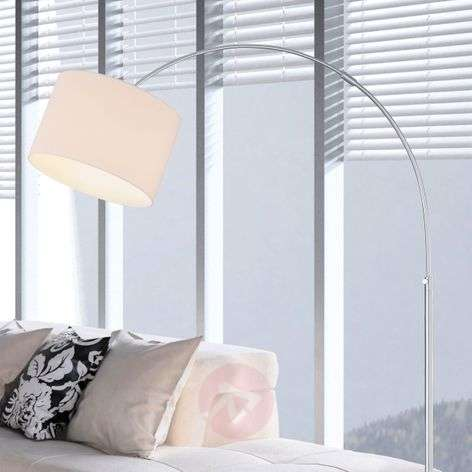 Curved floor lamp Risa with fabric lampshade