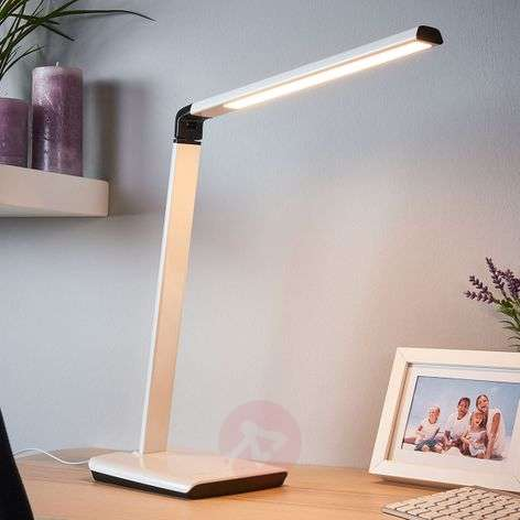 Dimmable LED desk lamp Kuno with USB port