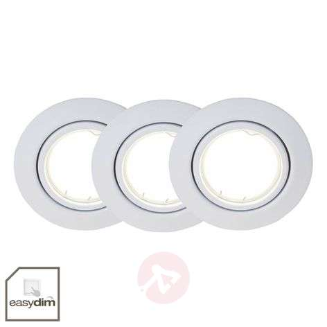 Dimmable LED recessed lights in a set of three