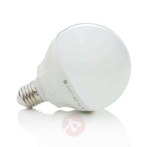E27 15 W 830 LED Globe Bulb G95 Warm White