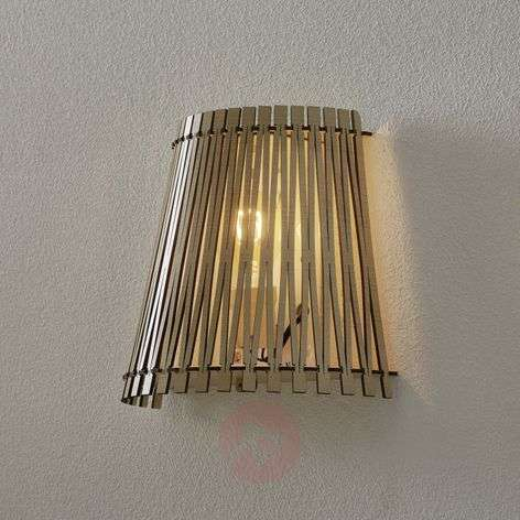 Effective wooden wall light Sendero