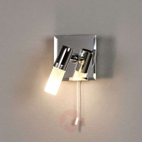 Elegant Jilian wall light with switch