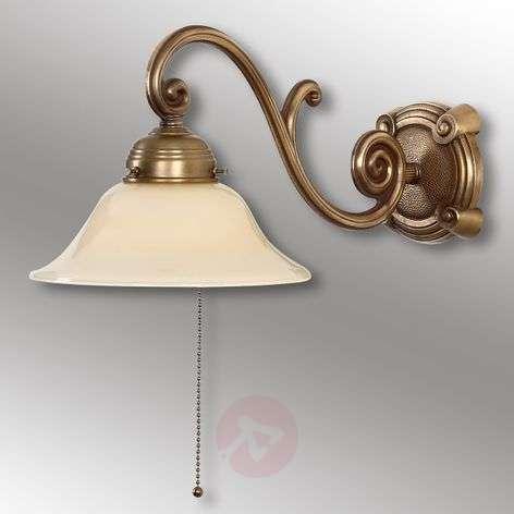 Ella antique-designed wall light made of brass