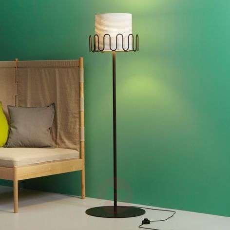 Floor lamp Frilly with coat hooks