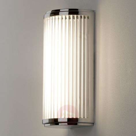 Fluted, simple LED wall light Versailles