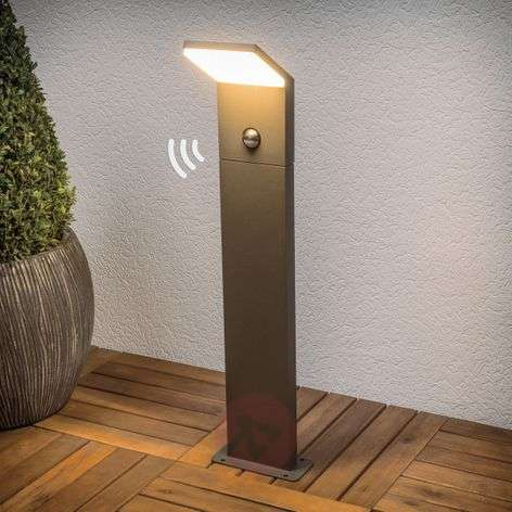 Graphite grey LED path light Nevio