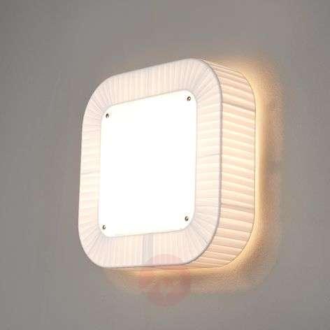 Interesting wall light Quadra 400, white