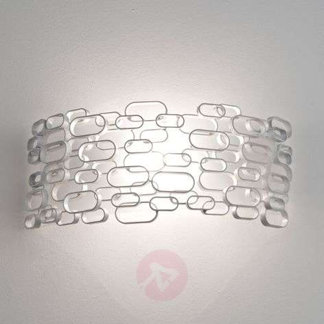Interestingly designed Glamour wall lamp