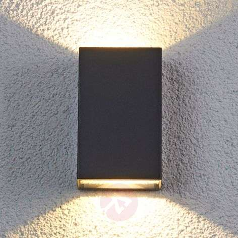 Jale LED outdoor wall light made of aluminium