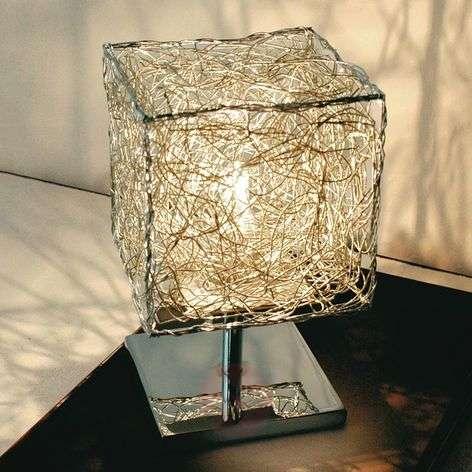 Knikerboker Kubini - cube-shaped table lamp