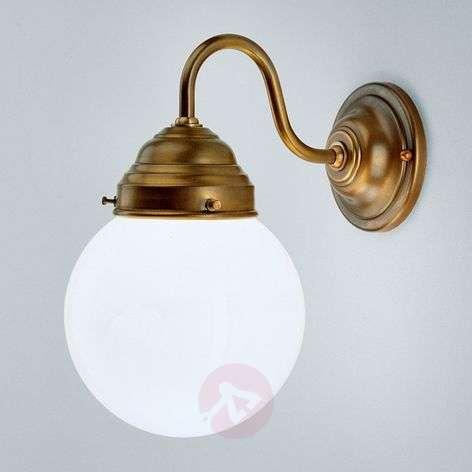 Larry wall light made of brass