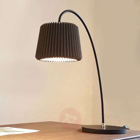 LE KLINT Snowdrop – paper table lamp, black