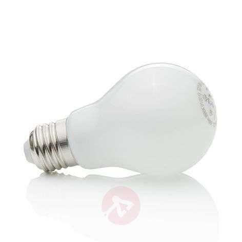 LED bulb E27 8W, warm white, 806 lumens
