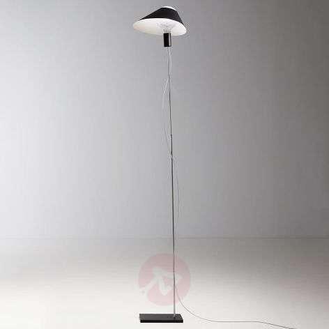 LED floor lamp Glatzkopf with cardboard lampshade