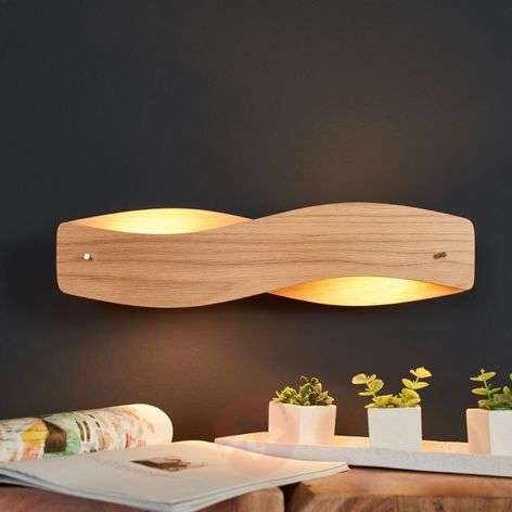 Lian wood wall light with dimmable LEDs