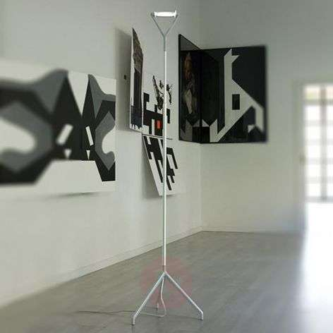 Lola - a multifunctional floor lamp