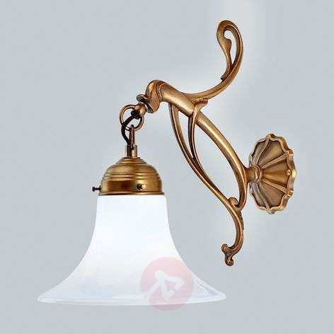 Madrid decorative brass wall light