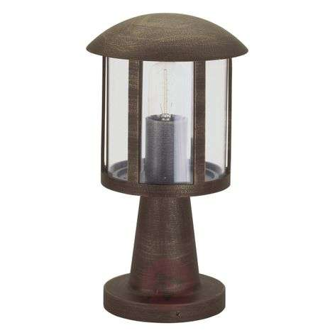 Mads pillar light in country house style