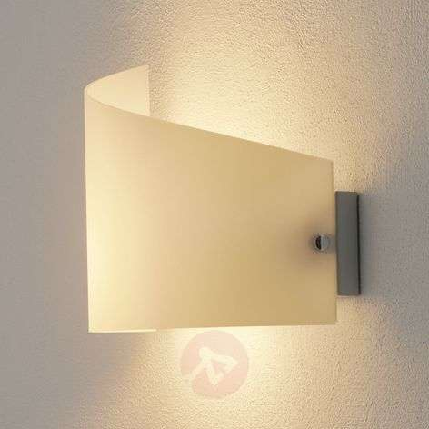 Moa Wall Light with Curved Glass Shade