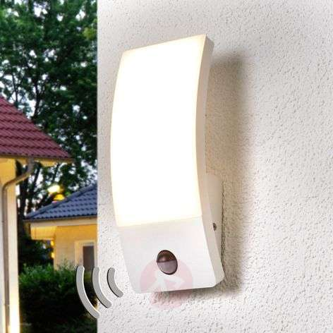 Motion detector outdoor wall lamp Siara with LEDs