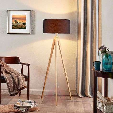 Mya wooden floor lamp with black fabric lampshade