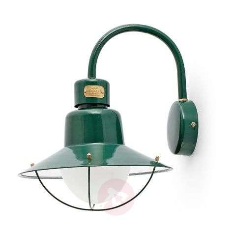 Newport Exterior Wall Lamp in Green
