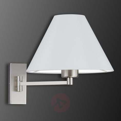 Pivotable wall light Verux with Honan-lampshade