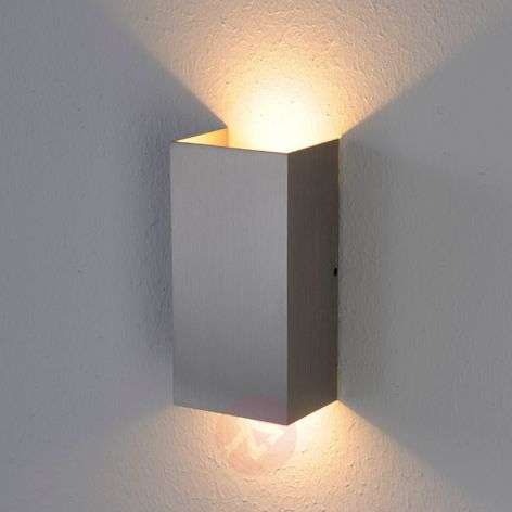 Puristic Mira LED wall light