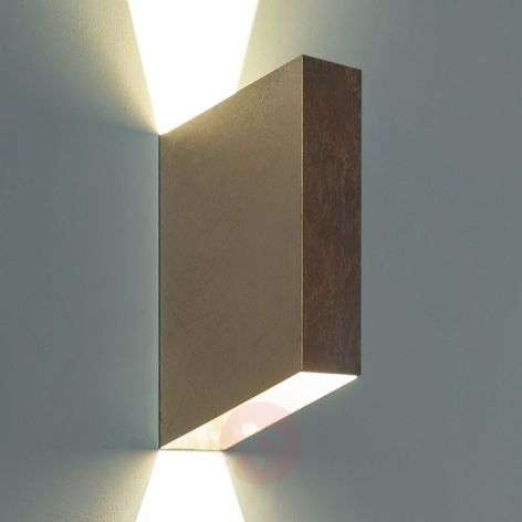 Ragi slanting LED wall light, gold