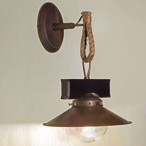 Rustic Nudos wall light with a mix of materials