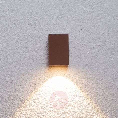 Rusty-brown LED outdoor wall light Tavi, 9.5 cm
